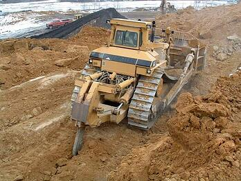 earth-moving-equipment4.jpg